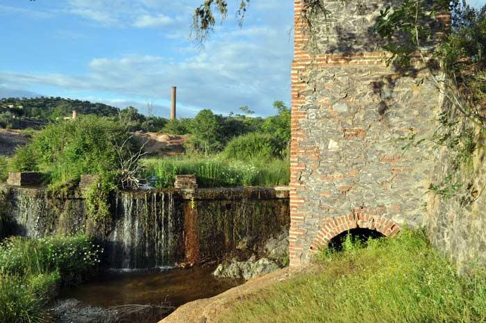 minas-plata-represa-y-edificios